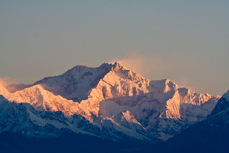 File:Kanchenjunga India.jpg