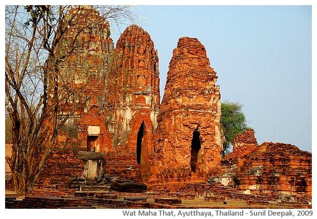 Buddha statues, Wat Maha That, Ayutthaya, Thailand - images by Sunil Deepak, 2009