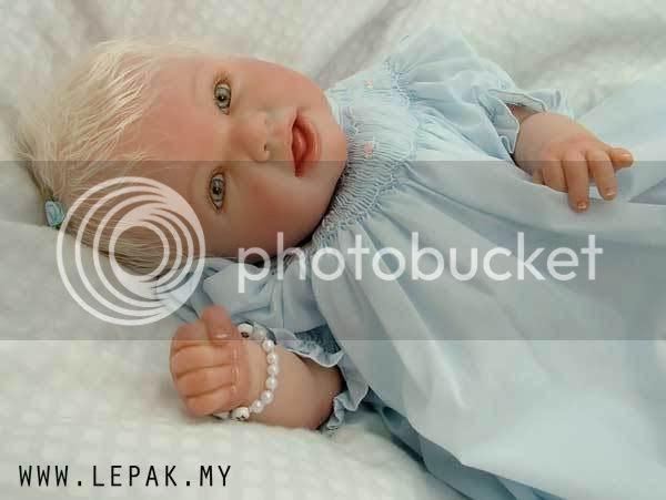reborn dolls almost real babies 013 Gambar Menarik   Reborn Dolls   Patung Bayi Nampak Real