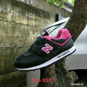 MURAH Sepatu Anak Perempuan Sepatu New Balance Junior NB Kids Sepatu Balita  Sepatu Fashion Anak Sepatu Kets Anak Sepatu Sekolah TK  70a983667a