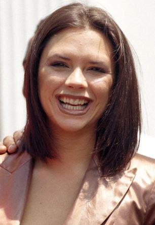 Victoria Beckham em 1997, certo