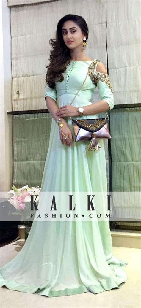 Best 25  Indian gowns ideas on Pinterest   Indian lehenga