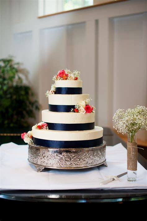 navy blue & coral wedding cake from Thea & Aaron's DIY