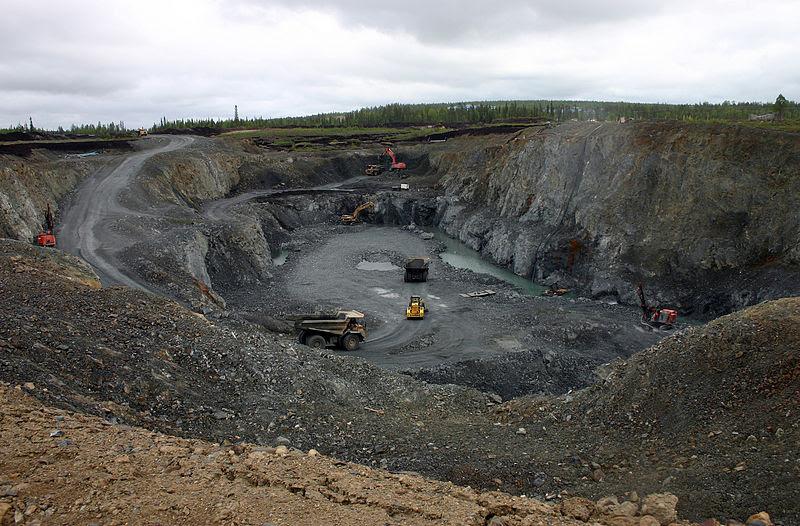 File:Kittilla, Finland; Open Pit Mine.jpg