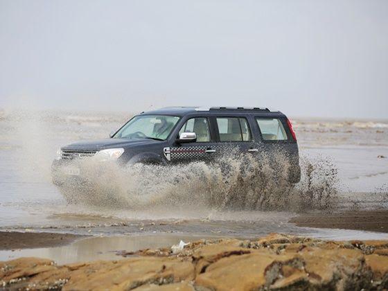 Ford Endeavour India facelift water splash