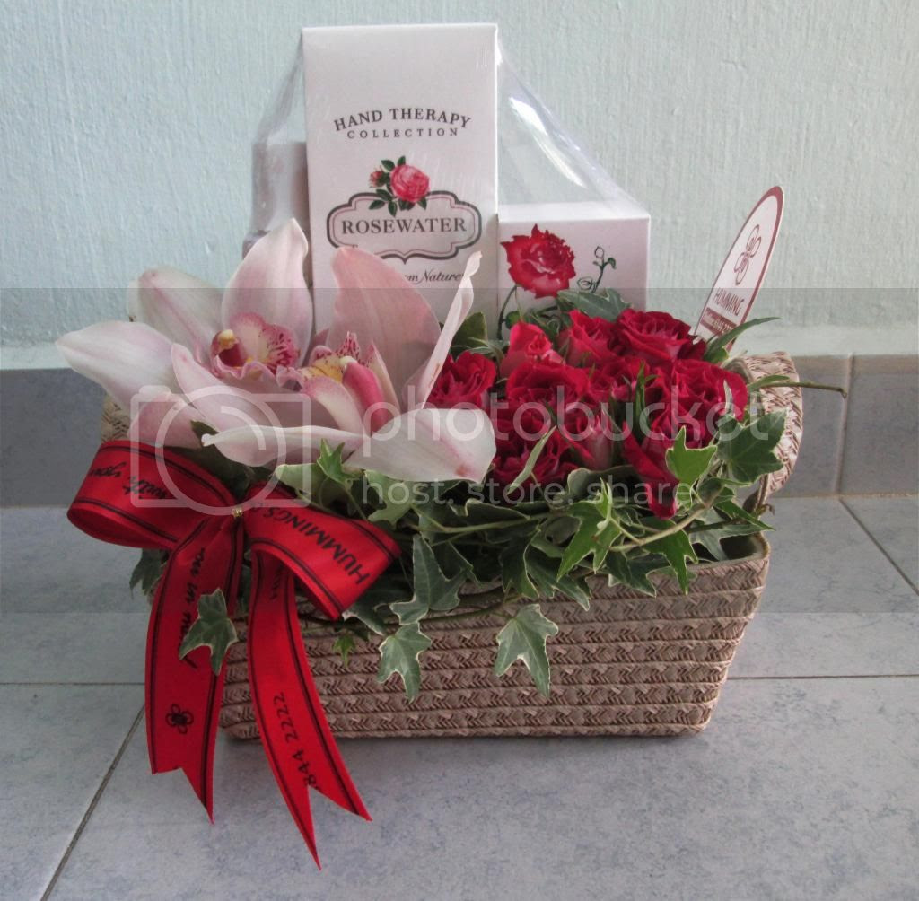 photo HummingFlowersGiftsGiftSet02.jpg