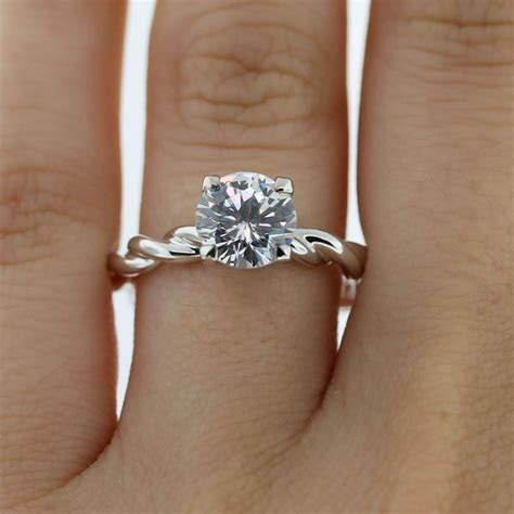 Uneek LVS936 Rope Twist Solitaire Engagement Ring