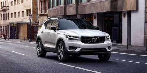 2017 Volvo XC40 price, specs and release date Carwow