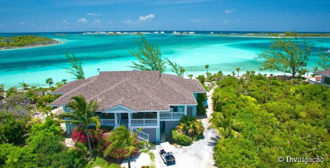 Quem se hospeda no Fowl Cay Resort, se sente como se tivesse alugado sua própria casa no Caribe, mas com mordomias