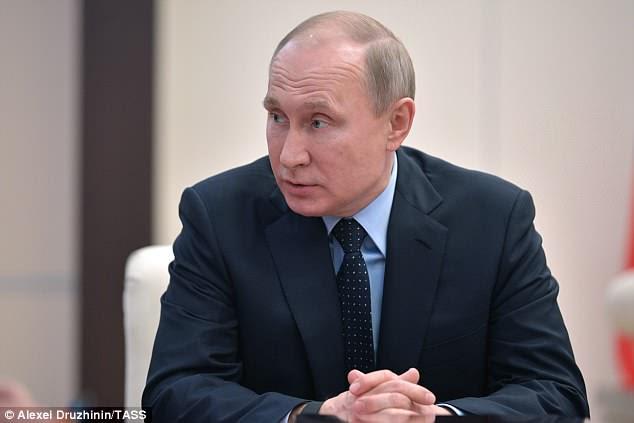 Prove a dimostrazione: il presidente della Russia Vladimir Putin è intervenuto mercoledì a un incontro su questioni economiche