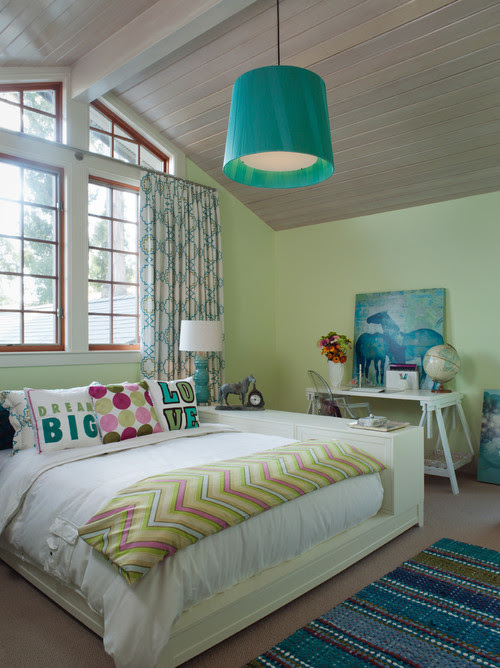 8 Dorm Room or Teen Spaces Decorating Ideas | BlogHer