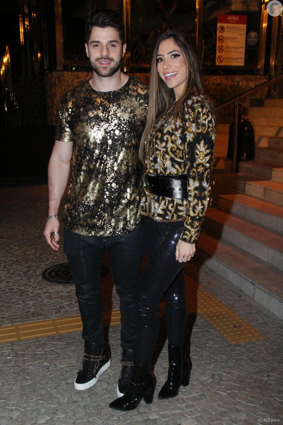 Alok e a namorada, Romana Novais, prestigiaram o aniversário de Marina Ruy Barbosa na noite deste sábado, 30 de junho de 2018, no Morro da Urca, no Rio de Janeiro