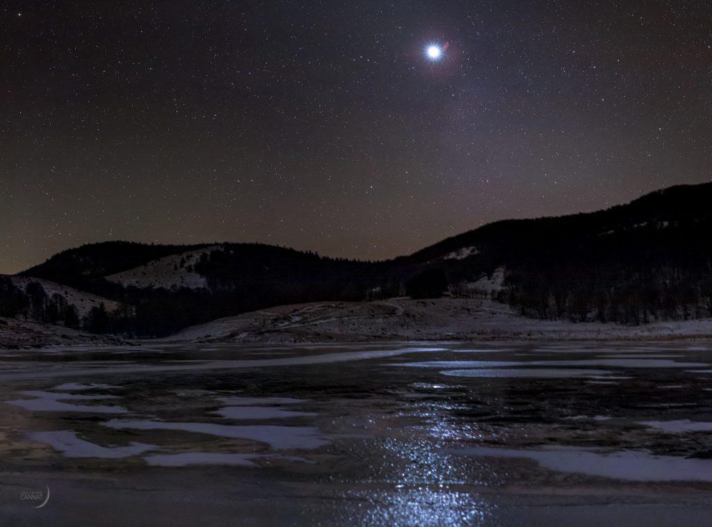 Léclat Somptueux De La Planète Vénus à Laube Autour Du Ciel