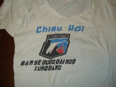 ChieuHoiTshirttFront.jpg (28211 bytes)