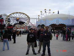 Dalam Luna Park kat St Kilda Beach, Melbourne, Australia