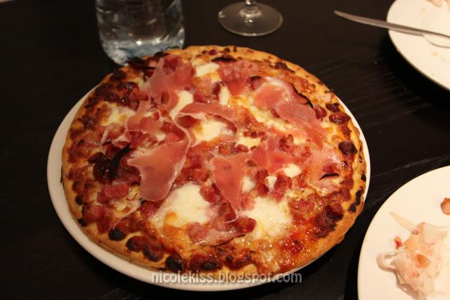 parmaham pizza