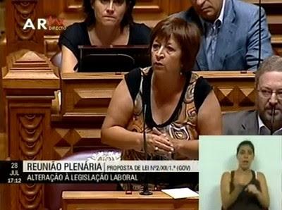 """Para Mariana Aiveca a proposta do Governo é um """"roubo aos trabalhadores"""""""