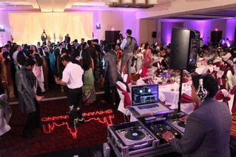 Shivani and Anand?s Marriott Schaumburg Wedding   MDM