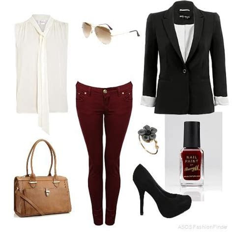 Smart Casual Women's Outfits