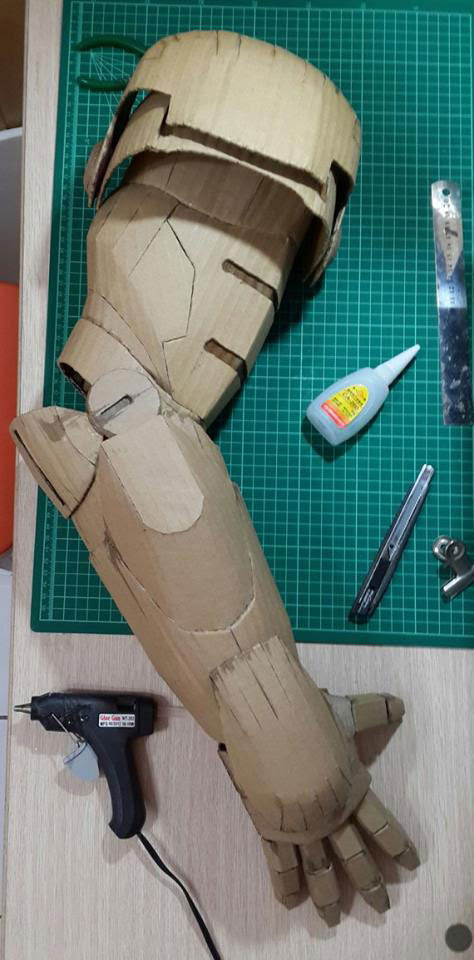 ironman suit made of cardboard by kai-xiang xhong (4)