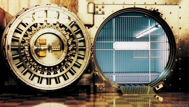 Dinheiro desapareceu dos bancos poucos dias antes das eleições de novembro passado (Foto: Thinkstock)