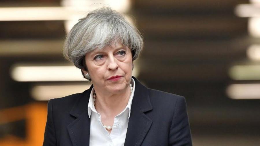 Τέλος η May από την ηγεσία των Τόρις, πρωθυπουργός της Βρετανίας έως 7/6 - Φαβορί για τη διαδοχή ο Johnson - Tα σενάρια για το Brexit