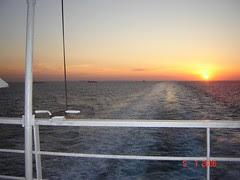 Senja Di Laut Adriatic, Dari Italy ke Greece