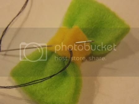 Sandal 05 photo TutorialBabyHairbandampSandal05w.jpg