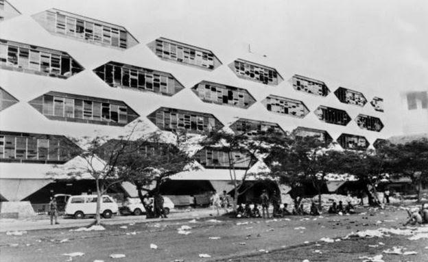 Nhiều sinh viên bị giết trong biểu tình năm 1976 tại Đại học Thammasat