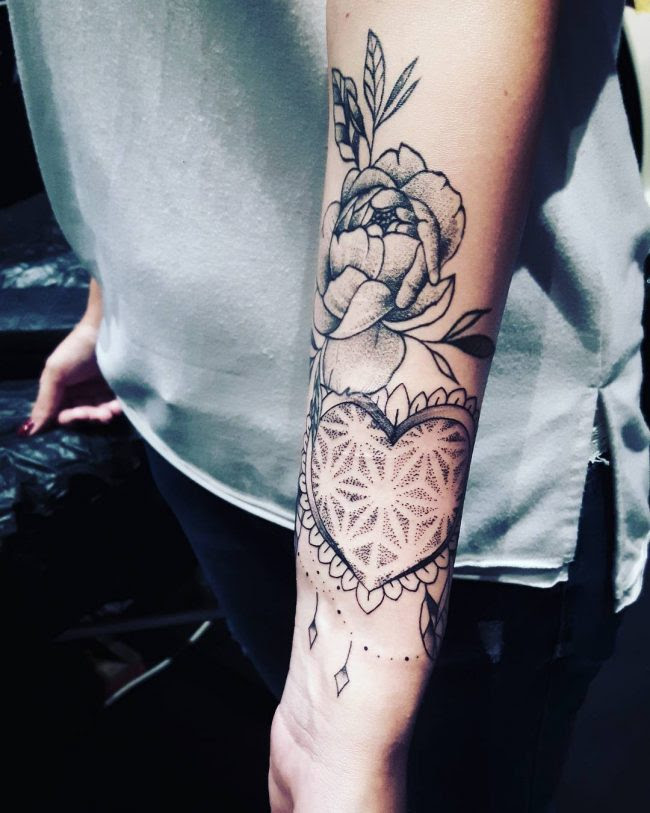 125 Stunning Arm Tattoos For Women Meaningful Feminine Designs