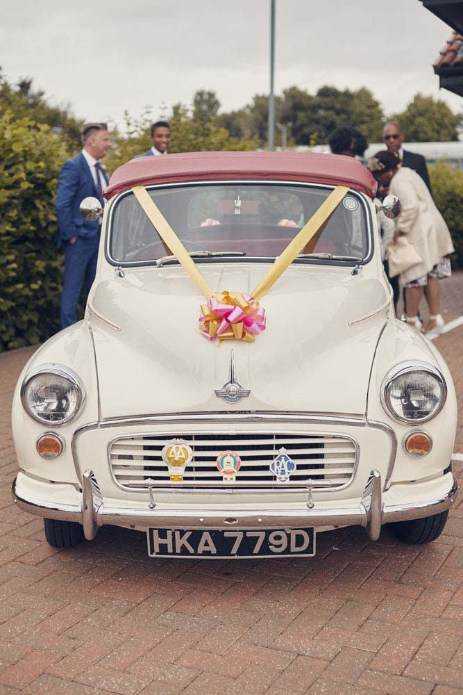 Morris Minor 1000 wedding car, Ipswich, Suffolk- www.helloromance.co.uk