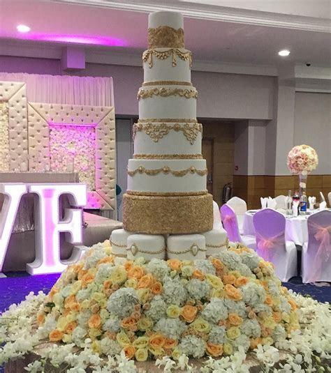 Asian Wedding Cakes London Bespoke wedding cake supplier