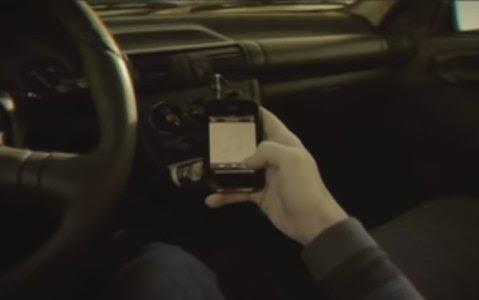 Homem estava vendo pornografia no celular e se masturbando na estrada interestadual Detroit 75