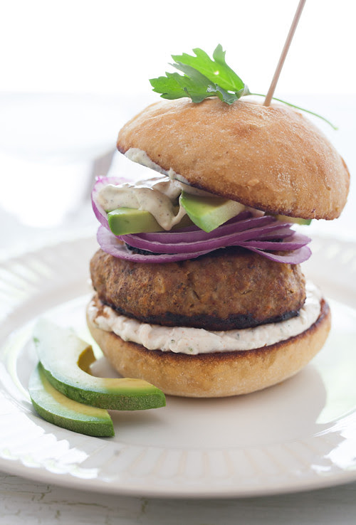 Burger with Avocado and Onion 2