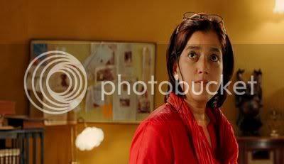 http://i298.photobucket.com/albums/mm253/blogspot_images/Jaane%20Tu%20Ya%20Jaana%20Na/PDVD_028.jpg