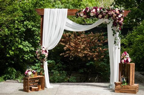 Love it! Wedding Arch, Arbor, Chuppah, Mandap & More