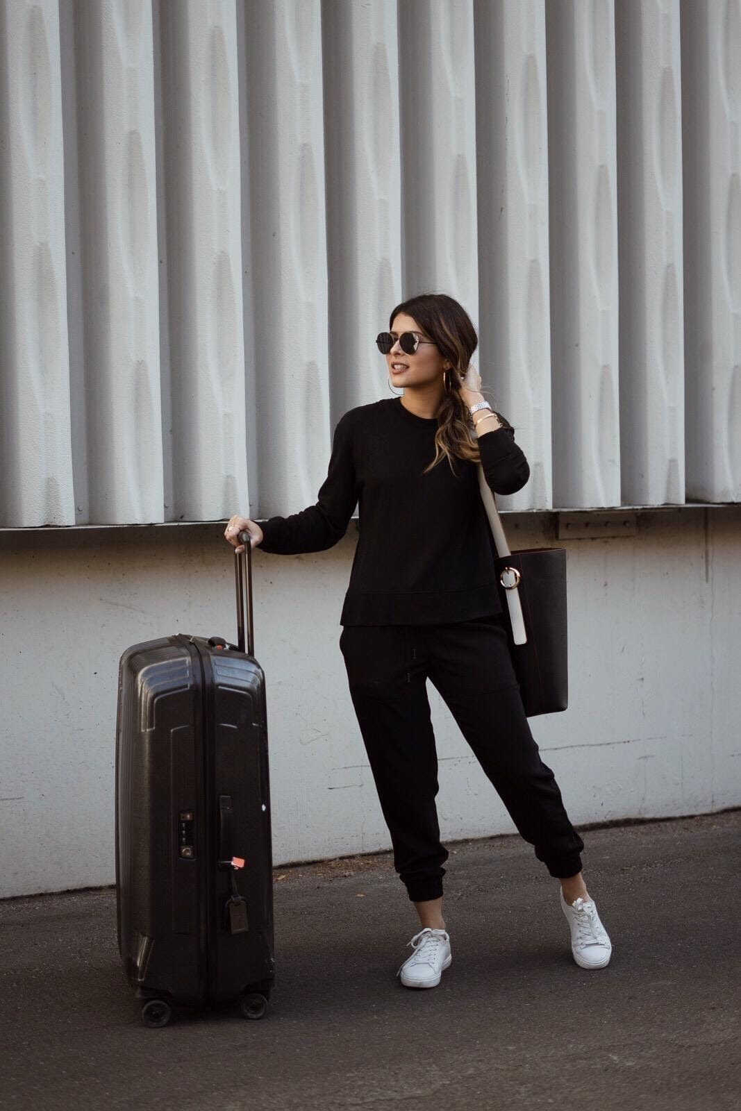 how to create the perfect travel outfit  the girl from panama