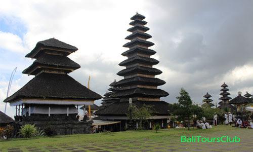 Jenis Pura Di Bali Berdasarkan Fungsi Dan Karakteristiknya