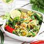 Kalafiorowy 'ryż' z warzywami i krewetkami / Cauliflower 'rice' with vegetables and shrimp