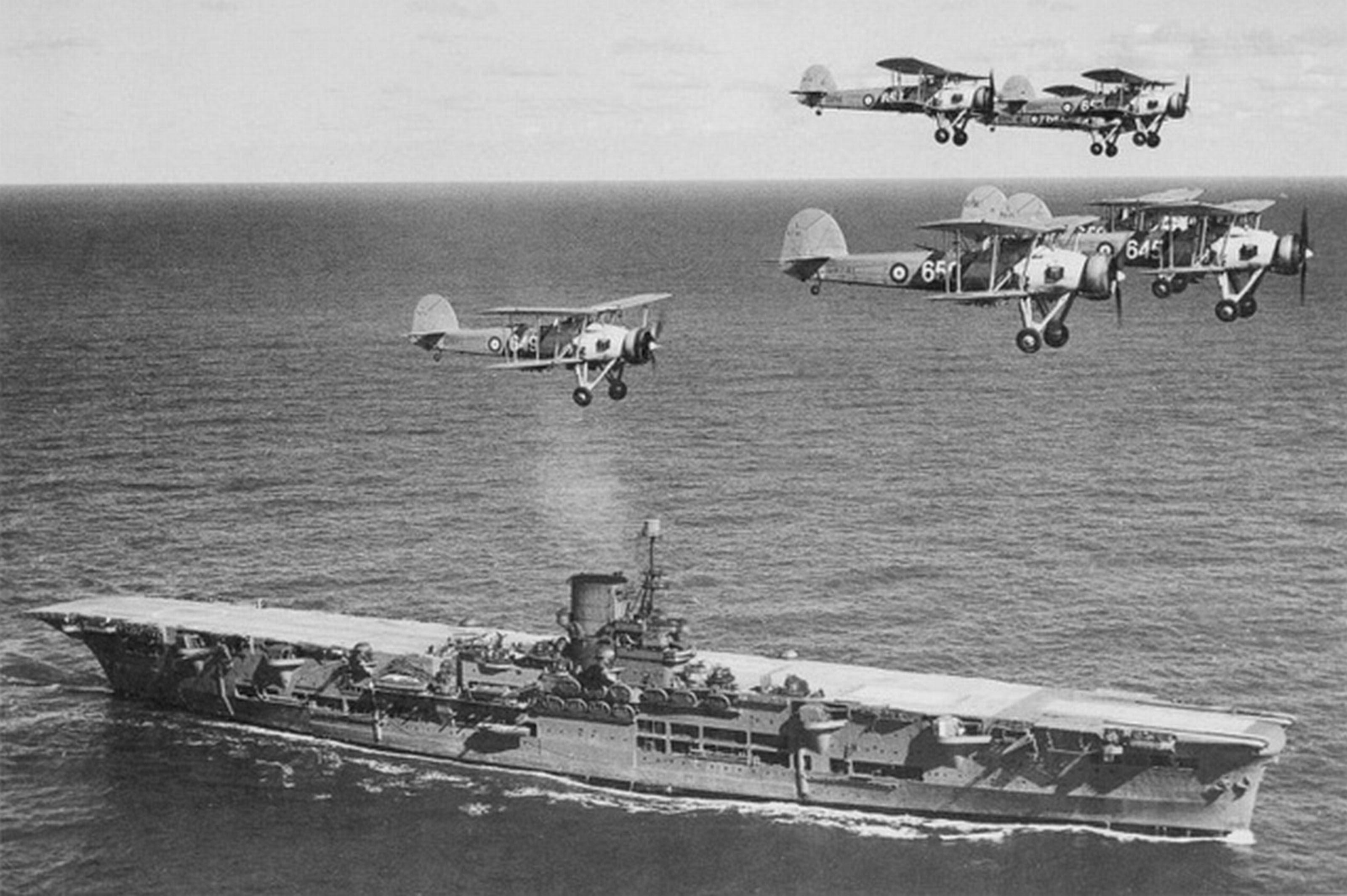 File:HMS Ark Royal h85716.jpg