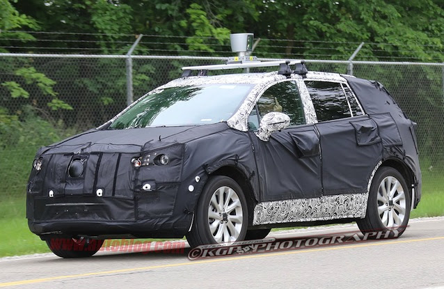 Buick compact crossover spy shot