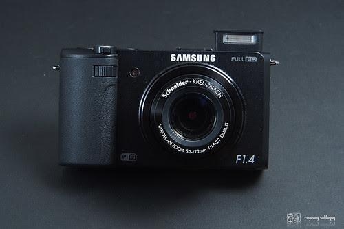 Samsung_EX2F_intro_11