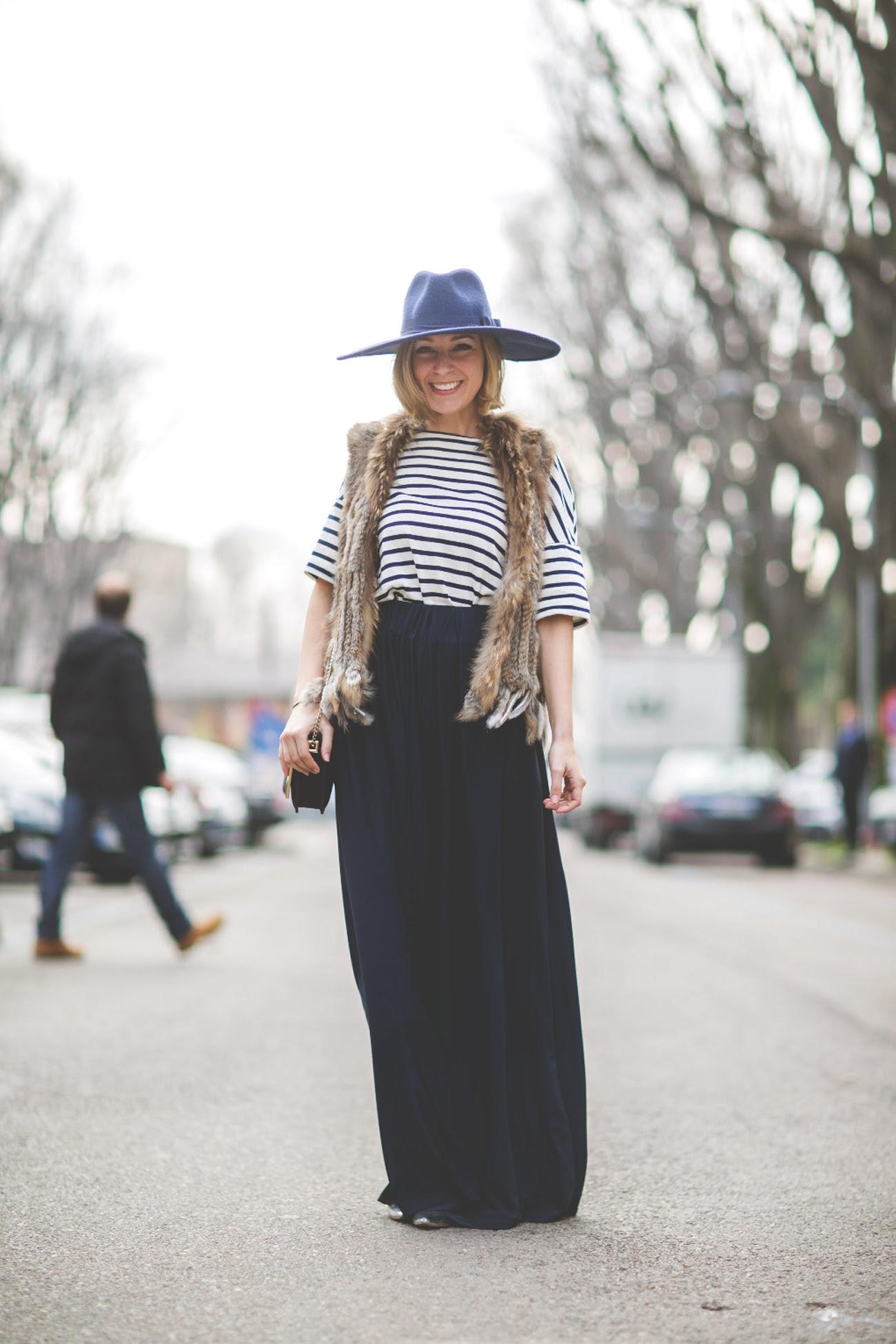 palazzo pants, blue pants, hat, sombrero azul, mfw, blonde, it girl, my showroom, street style, navy, look mfw, pantalones palazzo,