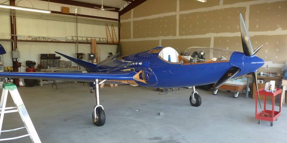 Cineva a recreat singurul avion Bugatti 100P din istorie ...