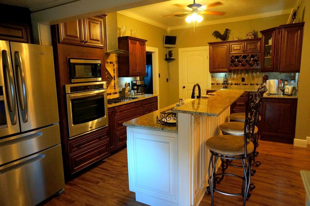 Mahogany Cherry Kitchen Cabinets; Cream Maple w/Caramel ...