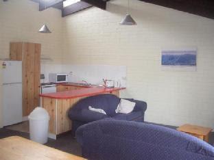 Alpha Centauri 8 - Budget Jindabyne Holiday Apartment Snowy Mountains