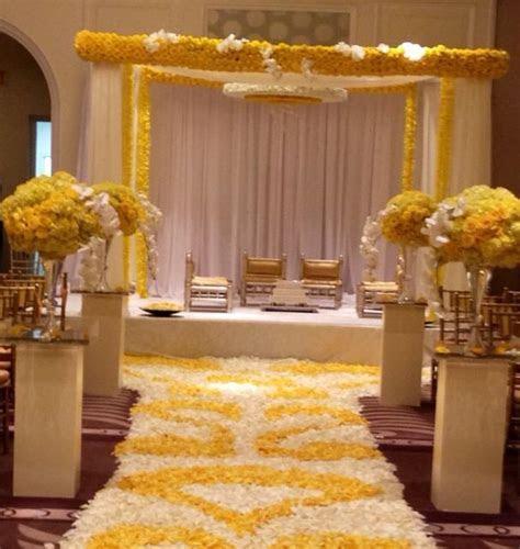 Beautiful modern yellow mandap by Shawna Yamamoto event