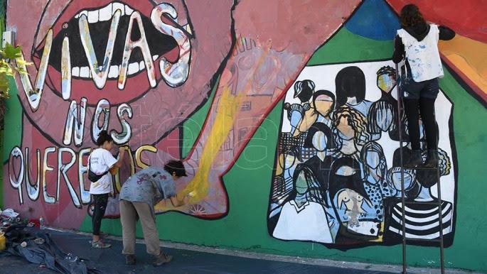 Artistas Y Vecinos Pintaron 26 Murales En La Boca Telam Agencia