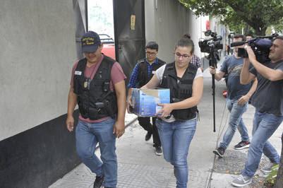 Allanamiento en C5N en marzo pasado, luego de una denuncia de la AFIP contra el Grupo Indalo  foto Rolando Andrade Stracuzzi - rolando andrade