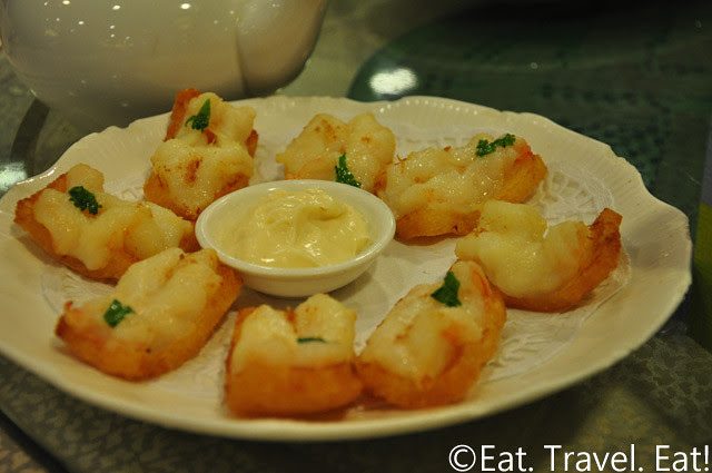 Shrimp Toasts with Mayo